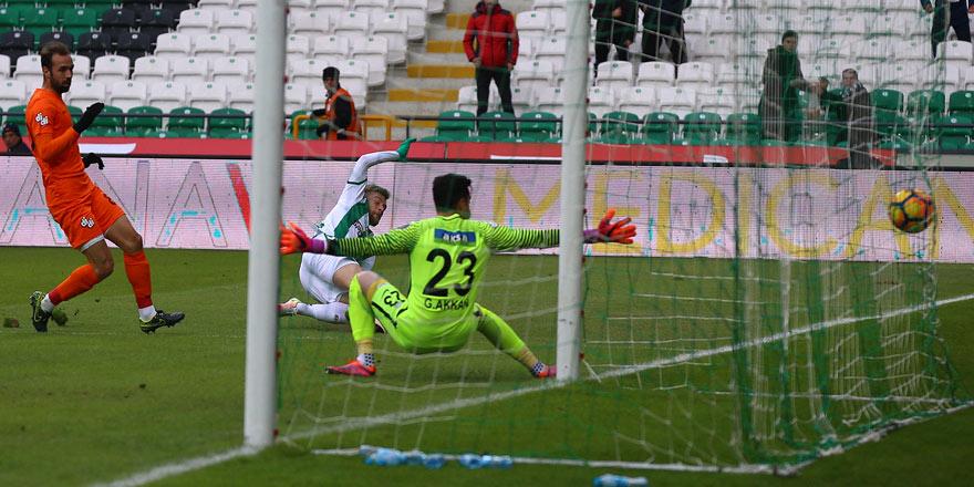 Atiker Konyaspor sahasında Çaykur Rizespor'u mağlup etti