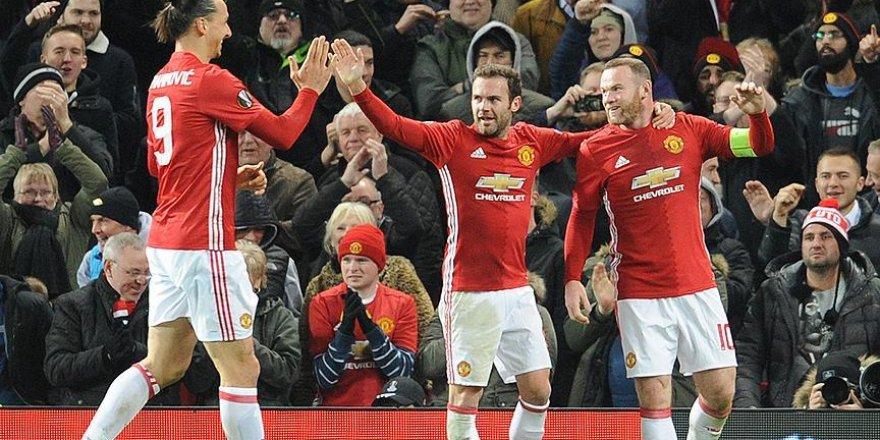 Rooney'nin golü hem rekor hem puan getirdi