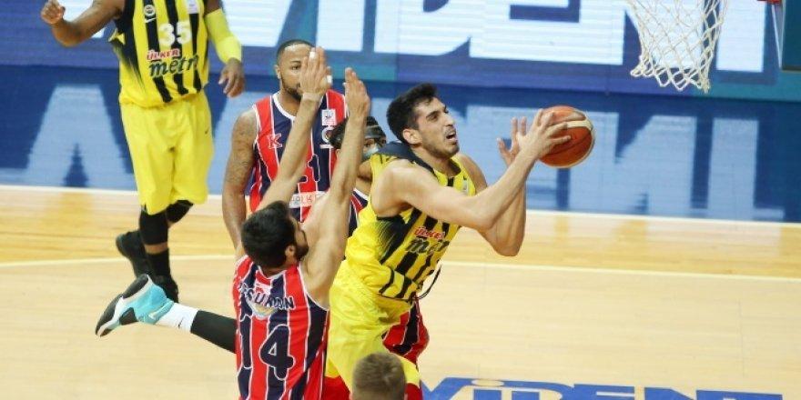 Fenerbahçe, zirvedeki yerini sağlamlaştırdı