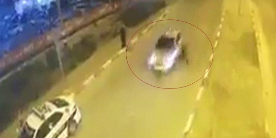 Otomobil polise böyle çarptı | VİDEO