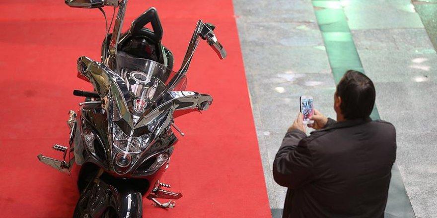 Avukatın tasarladığı 'çift direksiyonlu motosiklet' ilgi görüyor