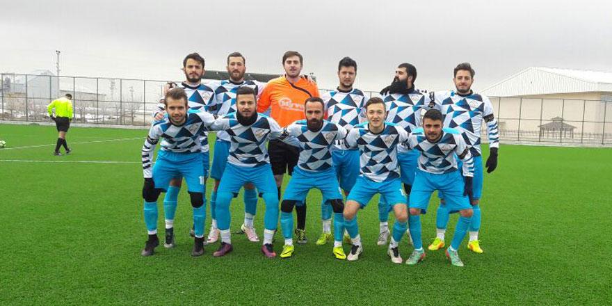 Lider Altınekinspor yine kazandı: 4-1