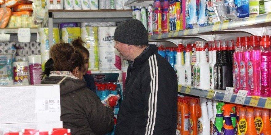 Bulgarlar ülkelerinden çok Edirne'den alışveriş yapıyor