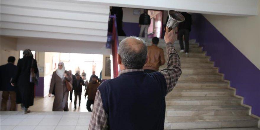 Suriyeli bin 850 öğretmene eğitim