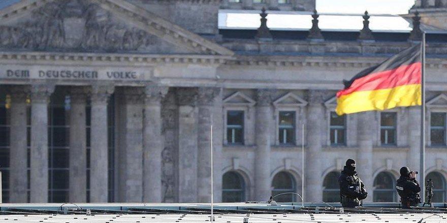 Almanya'da PKK yöneticisine 3 yıl hapis