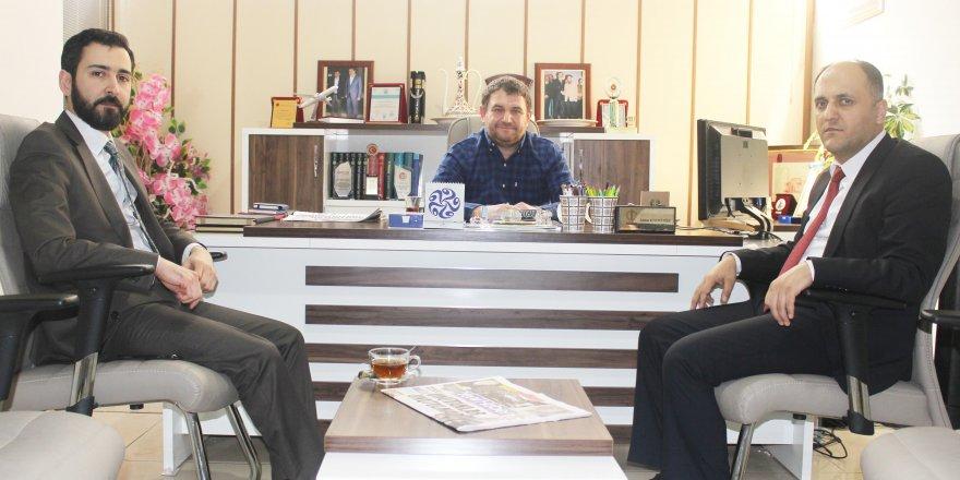 Başkan Özaltun'dan gazetemize ziyaret