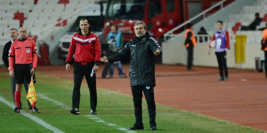 Konyaspor'dan Aykut Kocaman açıklaması! 'Gayet güzel gidiyoruz'