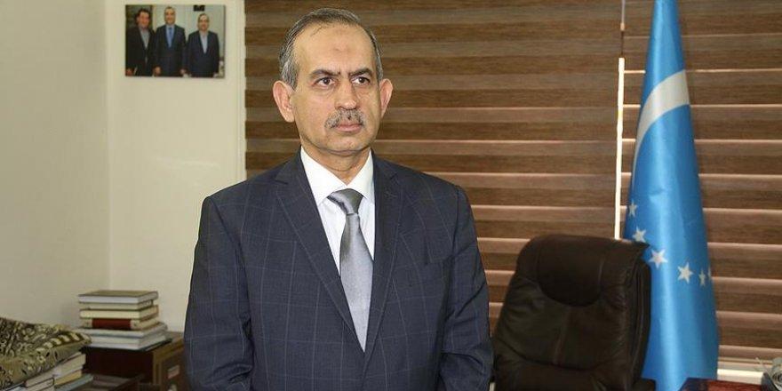 'Hükümet binalarına IKBY bayrağı çekilmesi anayasaya aykırıdır'
