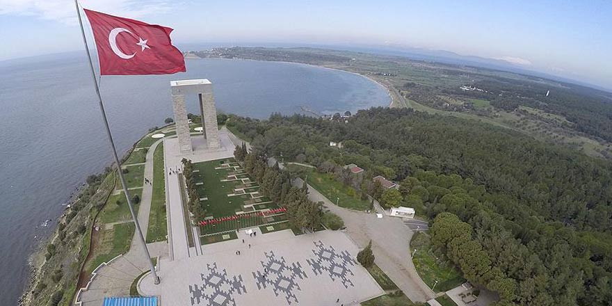 Çanakkale Deniz Zaferi'nin 102. yılı