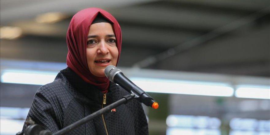 Bakan Kaya'dan 'kadın programlarına' eleştiri