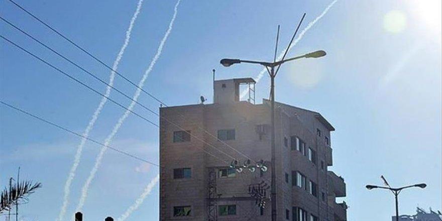 Gazze'den İsrail'e roket atıldığı iddiası