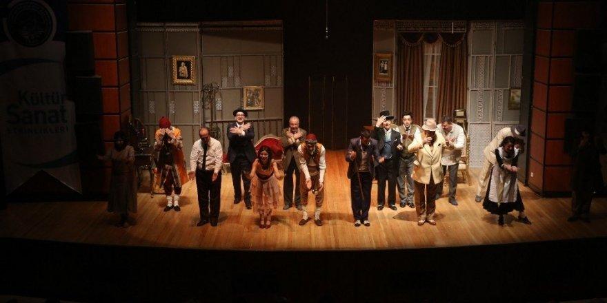 'Komik-i Şehir Naşit Bey' Kayseri'de sahnelendi