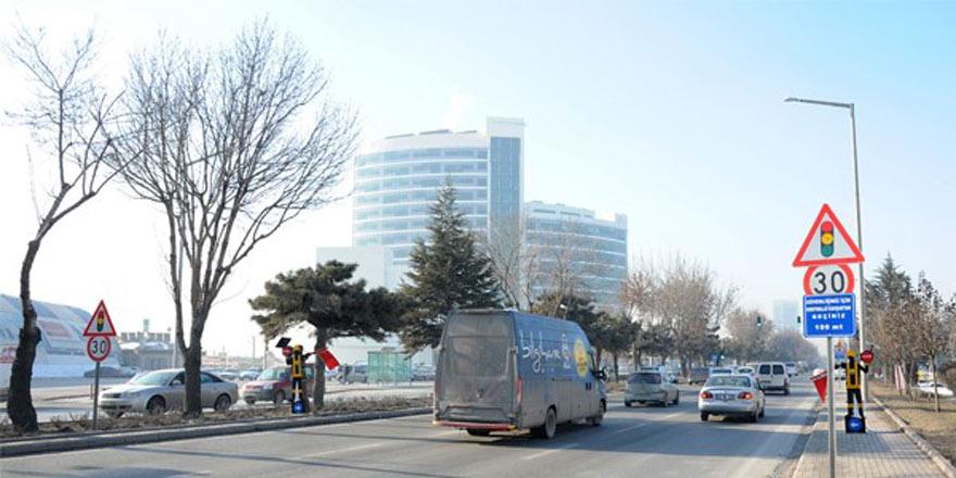 Konya Büyükşehir Belediyesi'nden önemli duyuru! Bu yol trafiğe kapanıyor