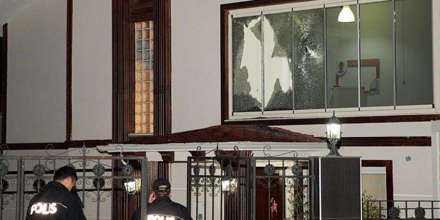 Başkentte kalaşnikoflu saldırı