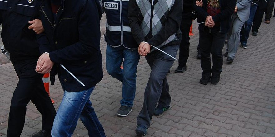 Kayseri'de eski polislere FETÖ operasyonu: 20 gözaltı