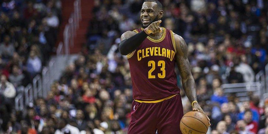 NBA'de yılın en iyi 5'i belli oldu