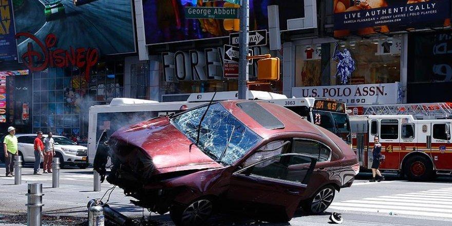 Kaldırıma çıkan aracın sürücüsü 'adam öldürmekle' suçlandı