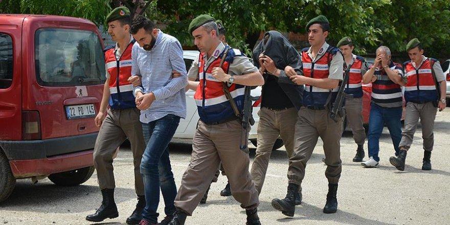 Yurt dışına kaçarken yakalanan terör şüphelisi tutuklandı