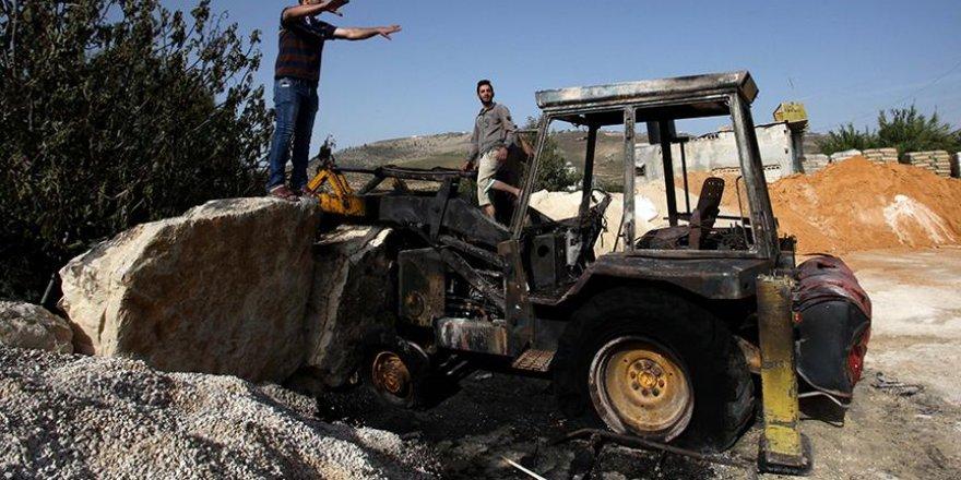 Yahudi yerleşimciler bir Filistinlinin aracını ateşe verdi