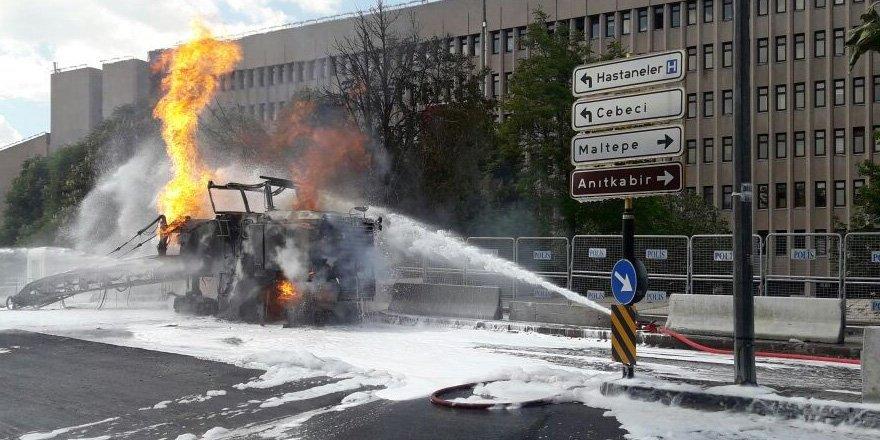 Ankara Adliyesi önünde korkutan patlama!