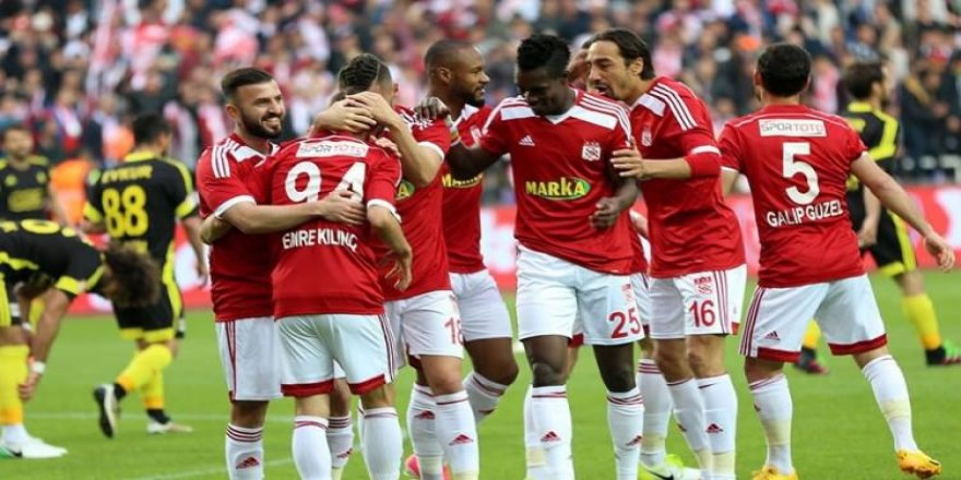 Sivasspor şampiyon! İşte PTT 1. Lig'de düşenler ve play-off'a kalanlar