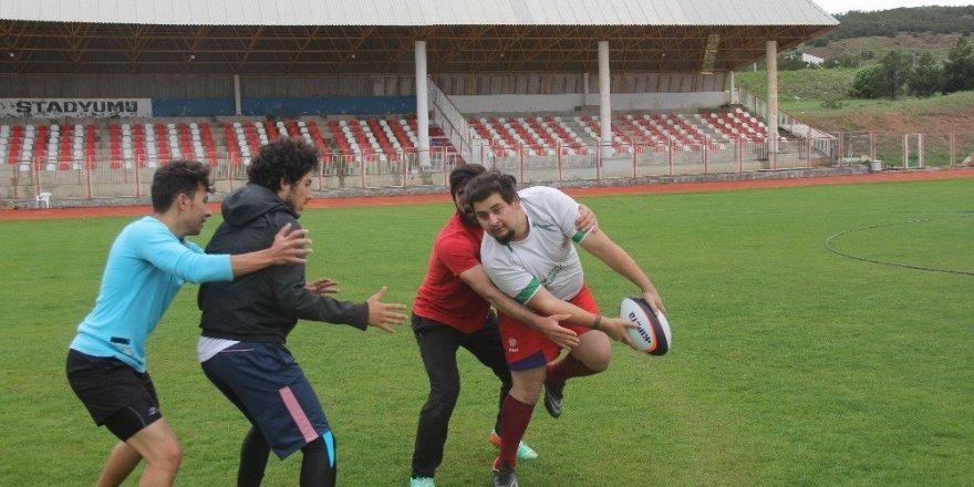 Yiğidolar, rugbyyi sevdi