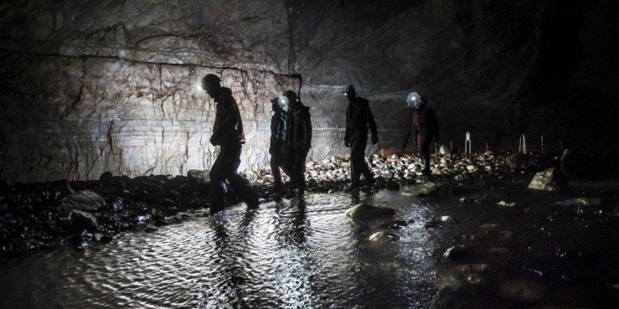 İngiltere'nin en büyük mağarası Gaping Gill ziyarete açılıyor