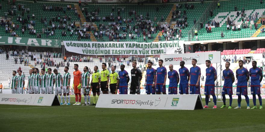 Konyaspor'da eldiveni Abdülaziz giydi