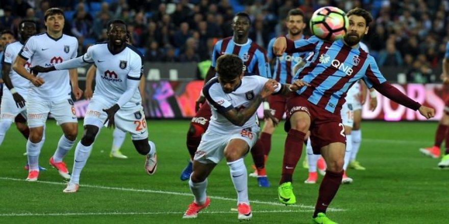 Trabzon ile Başakşehir oynadı, Beşiktaş kazandı!