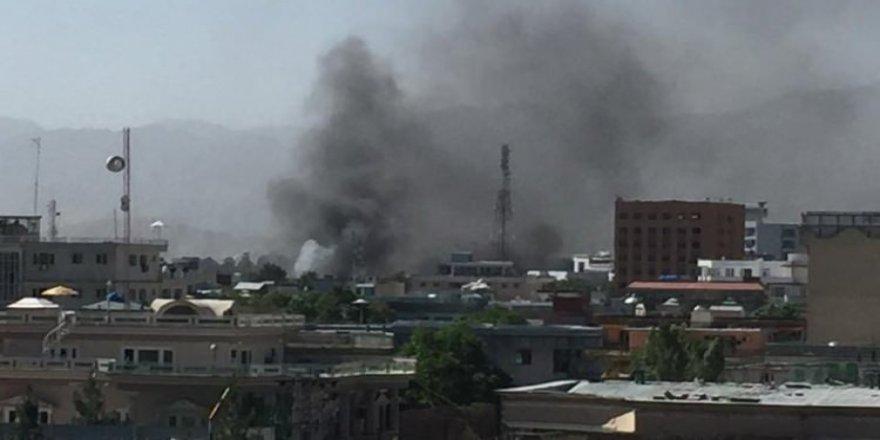 Afganistan'da peş peşe saldırılar: 30 ölü