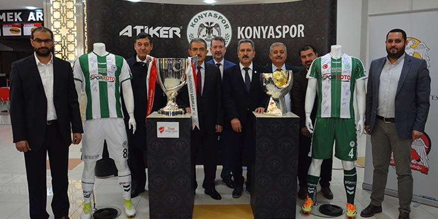 Konyaspor'un kupaları Selçuk Üniversitesi'nde