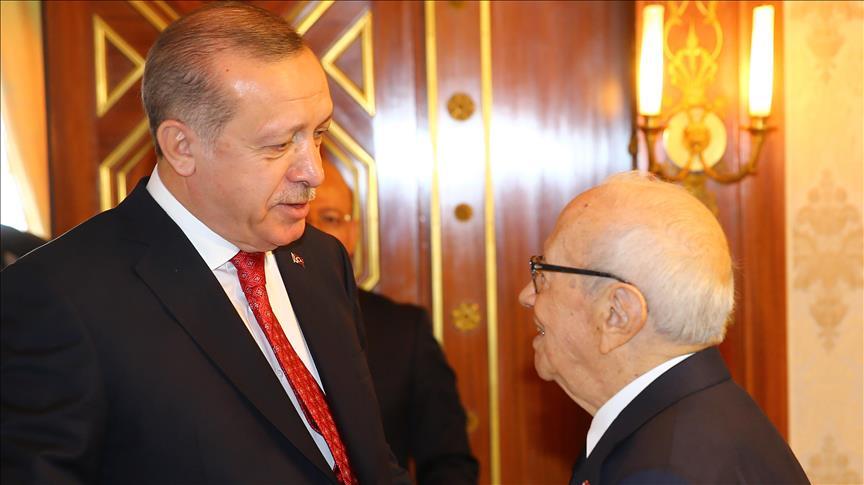 Entretien téléphonique Erdogan/Caid Essebsi