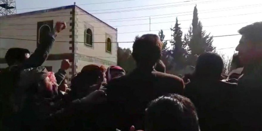 Manbij civilians protest PKK/PYD killings