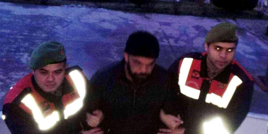 Kayıp şahıs göçmen kaçakçılığı yaparken yakalandı