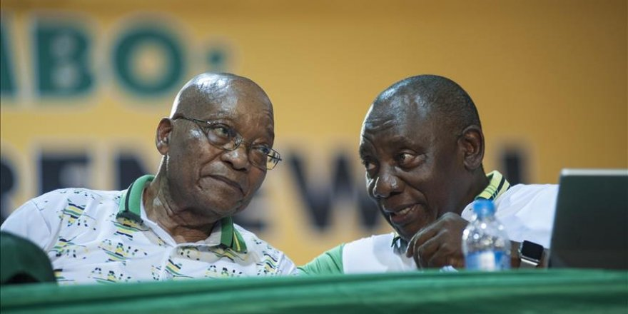 Ruling party gives ultimatum to South African president