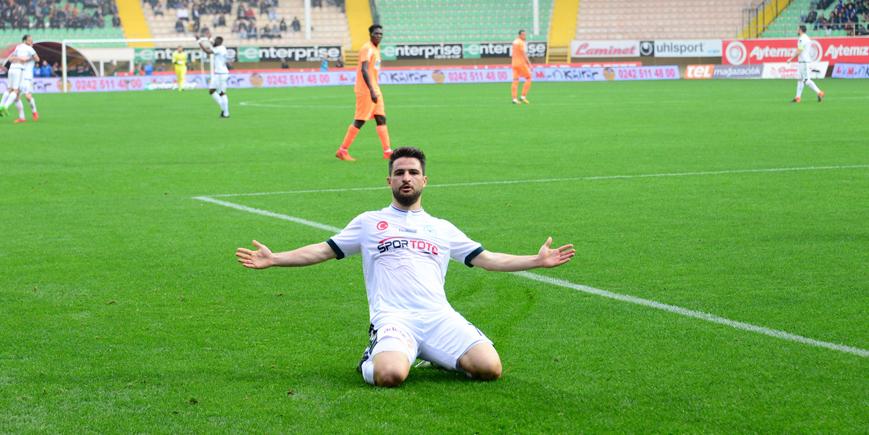 Beşiktaş'tan Ömer Ali Şahiner hamlesi