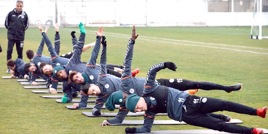 Konyaspor'a komando eğitimi!