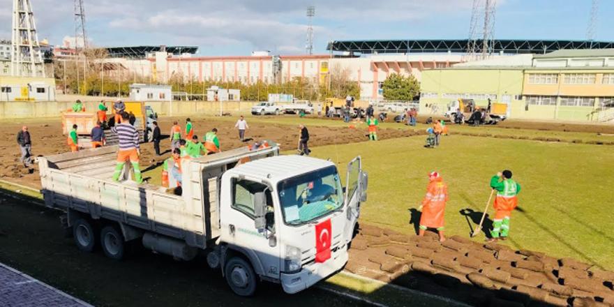 Konya Atatürk Stadyumu'nda yıkım başladı