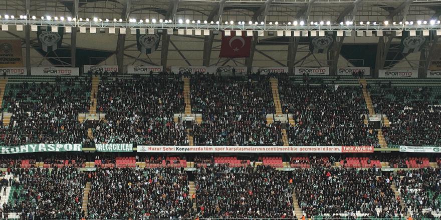 Konyaspor taraftarı, cezalıyken bile 10 bin kişi!