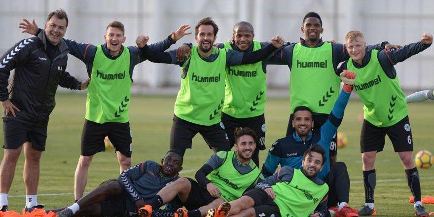 Atiker Konyaspor, Osmanlıspor maçı hazırlıklarına başladı