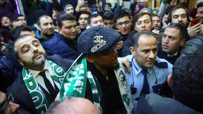 Eto'o Lazio ile görüşüyor