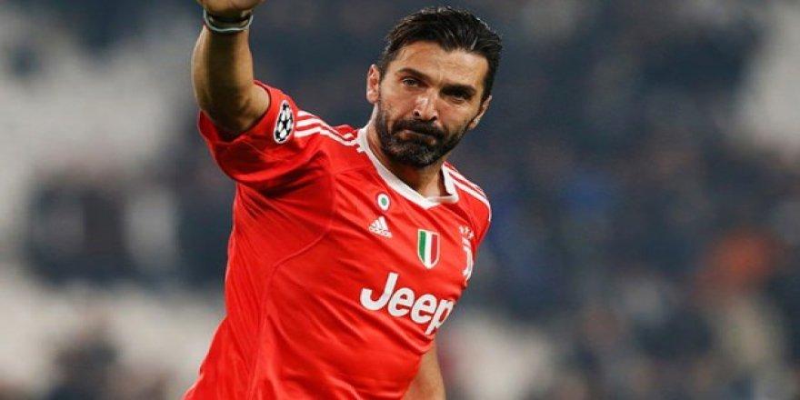 40 yaşındaki Buffon'a sürpriz talip!