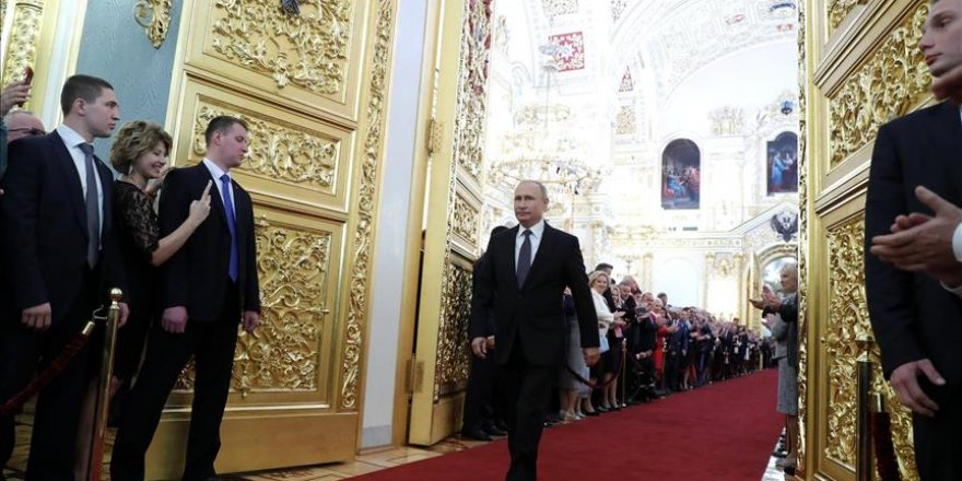 Russie: Poutine prête serment pour un 4ème mandat présidentiel