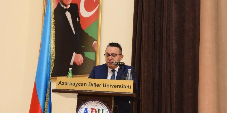 ERÜ Genel Sekreter Yardımcısı Talat Hakan Erdem, Azerbaycan'da Haydar Aliyev Etkinliğine Katıldı