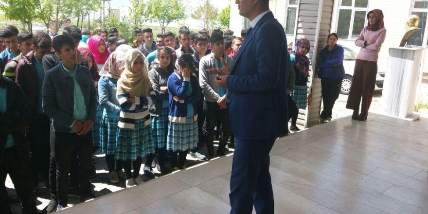 Okullarda 'inci kefali' konulu bilgilendirme eğitimi