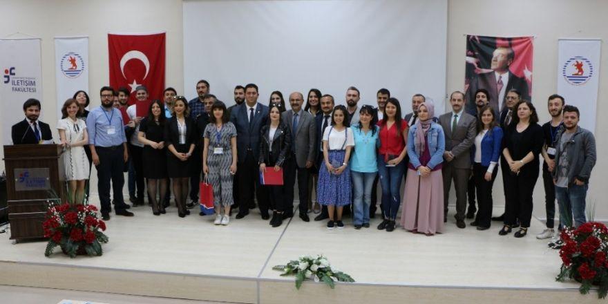 OMÜ'lü öğrenciler haber ve fotoğraf yarışması ödüllerini aldı