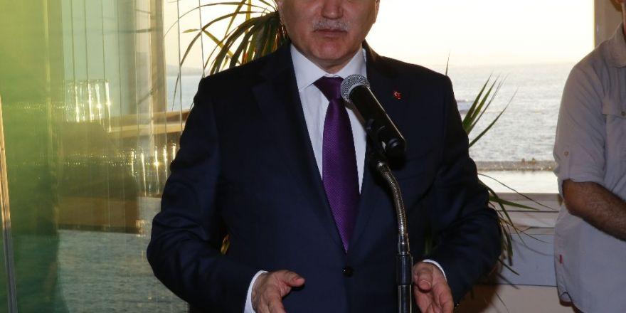 """Bilim, Sanayi ve Teknoloji Bakanı Özlü: """"İzmir'e Model Fabrika kuracağız"""""""