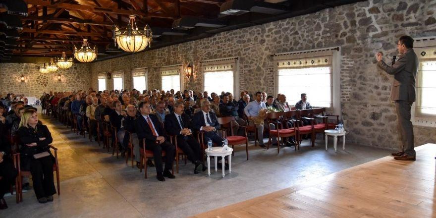 Başkan Tiryaki, Altındağlı beylerle bir arada