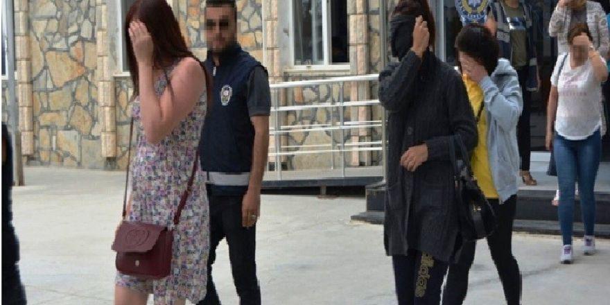 Aydın'da fuhuş operasyonu, 5 ayrı ülkeye mensup 28 kişi gözaltına alındı