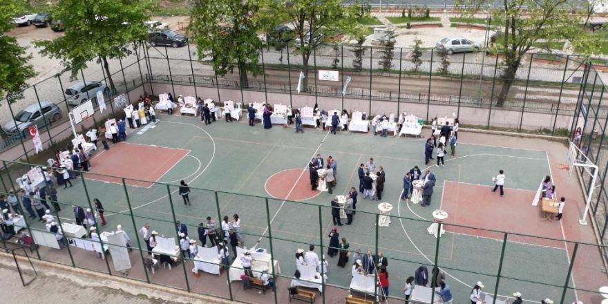 Öğrenciler 28 projeyi sergiledi